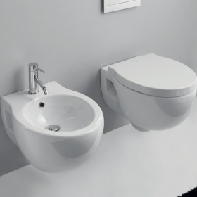 sanitari bagno sospesi Soft in ceramica bianca incluso di copriwater soft-close